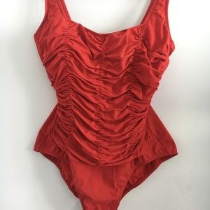 ❗️✅Vintage ruffle red bay  bathing suit swimwear M
